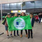 MOS: De Groene Vlag